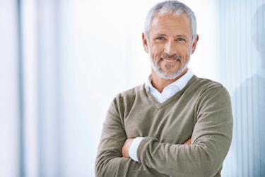 Prótesis dental con implantes adultos