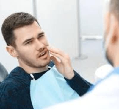 El dolor de dientes y encías: causas y soluciones - Clínica dentalmedics – Dr. Ferrer
