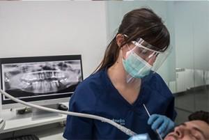 Clinica dentalmedics dentistas