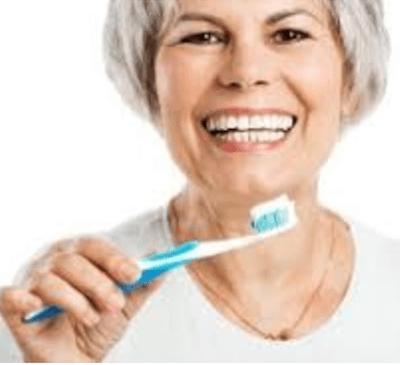 Menopausia: principales síntomas generales y odontológicos - Clínica dental en Madrid del Dr. Ferrer