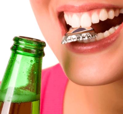 Urgencia dental: diente roto por un fuerte golpe ¿Qué hago? - Clínica dental en Madrid del Dr. Ferrer
